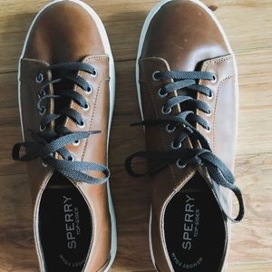 SOLD ✨ Men's Brown Leather Sperry Sneakers